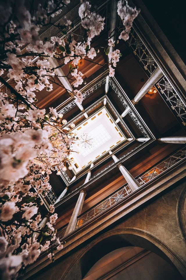 Innenarchitektur und Einrichtung im Grand Hotel Les Trois Rois in Basel. / Interior design and furnishing in the Grand Hotel Les Trois Rois in Basel.