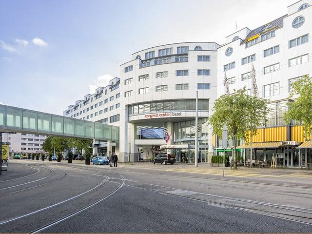 Aussenansicht des Congress Center Basel.