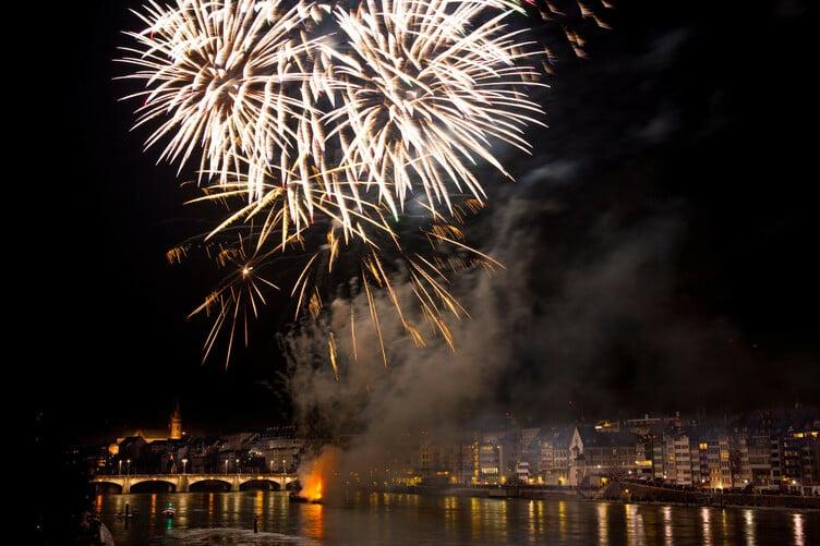 Feuerwerk über dem Rhein 2012.