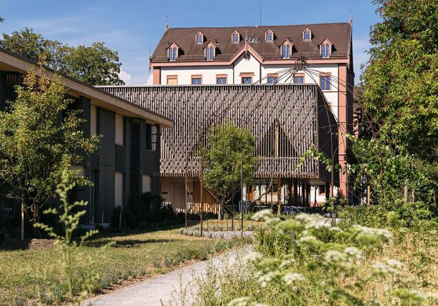 Fotografie:Claudia Link Aussenansicht Hotel Odelya mit Neubau