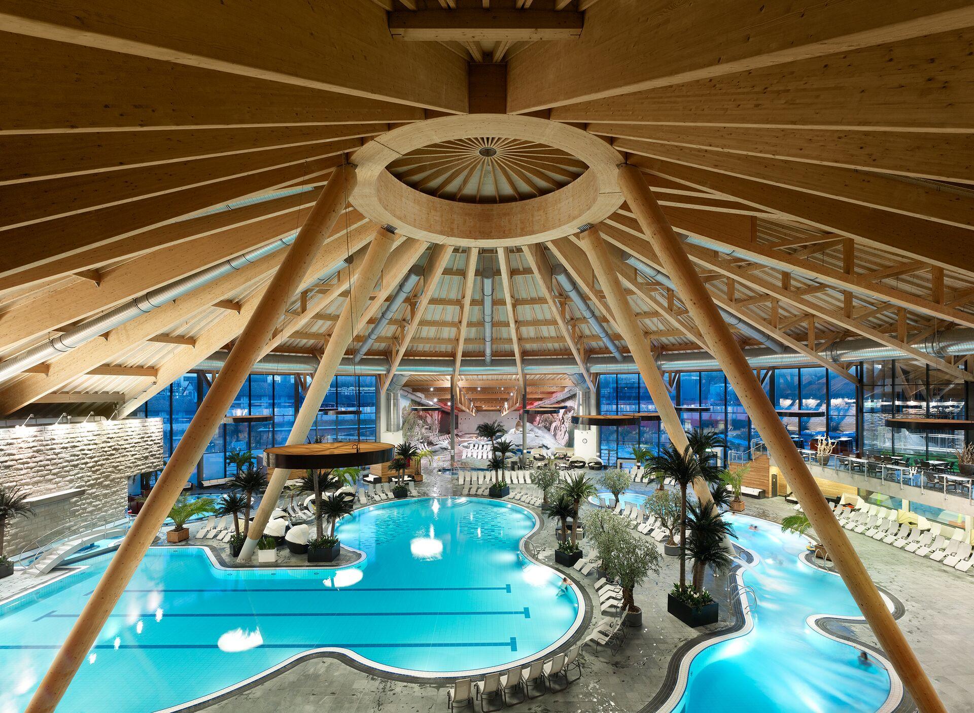 aquabasilea-schwimmbad[1]