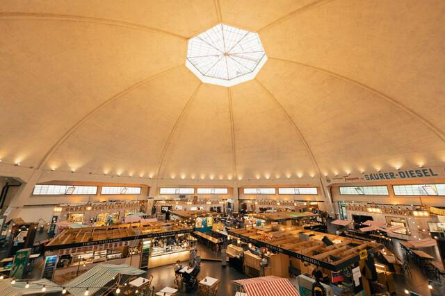 Markthalle in Basel.