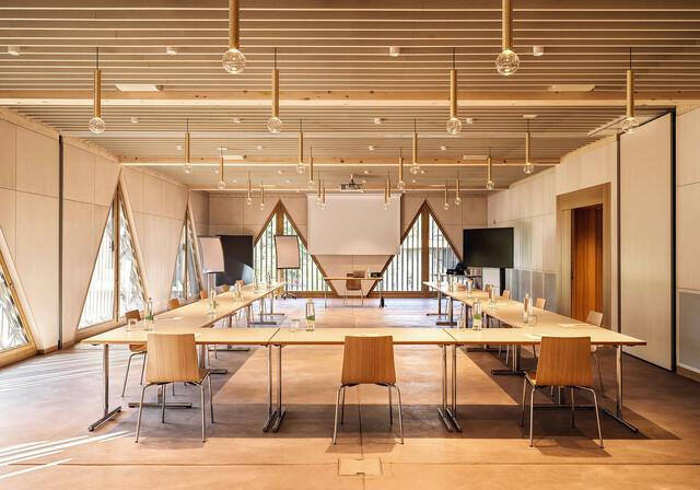 Fotografie:Claudia Link Meetingraum im Neubau Ayledo